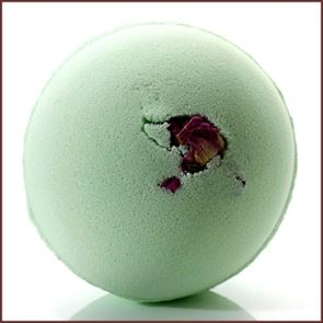 Bomb Cosmetic Yin To Yang Bath Bomb 160gm