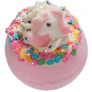 Bomb Cosmetic I Believe In Unicorns Bath Bomb 160gm