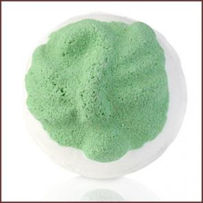 Bomb Cosmetic Spiced Mango Whoozle Bath Bomb 160gm