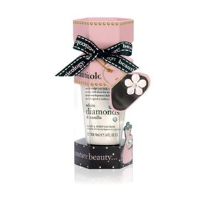 Baylis & Harding Beauticology Couture Cracker