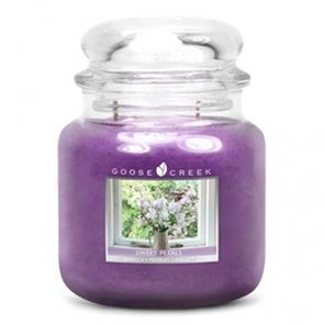 Goose Creek Medium Candles Sweet Petals 16oz